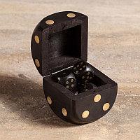 Деревянная коробка с 5 игральными костями Wooden Box With 5 Dices