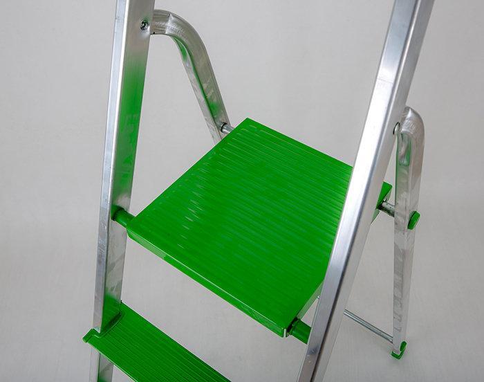 Стремянка зеленая