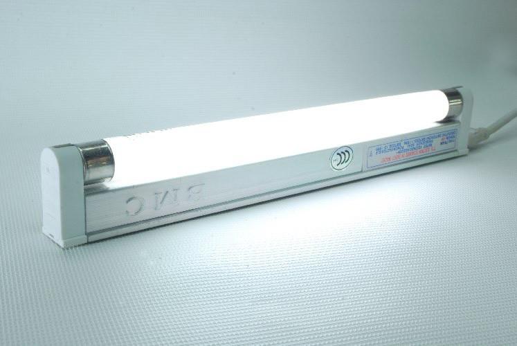 Светильник T4-8W