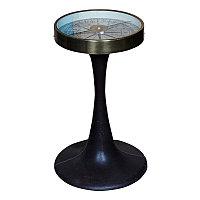 Прикроватный столик с компасом из металла и кожи  Table Compass With Foot In Leather