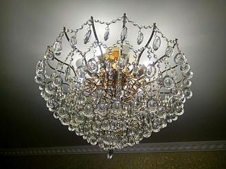Хрустальная 9-и ламповая люстра. 1