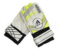 Перчатки вратарские футбольные детские белые с узорами
