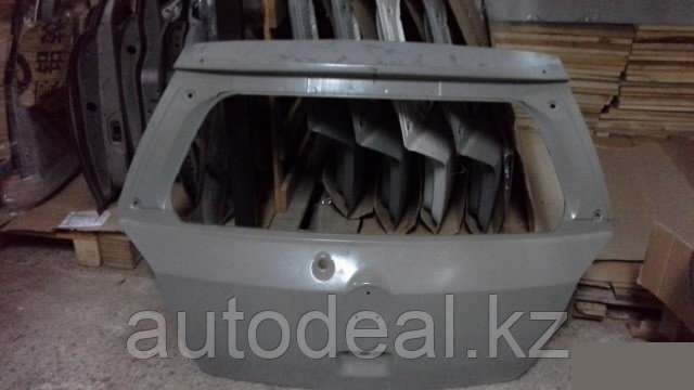 Крышка багажника Geely MK CROSS