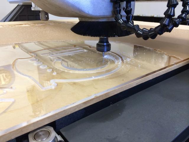 Раскрой и фрезеровка листовых материалов