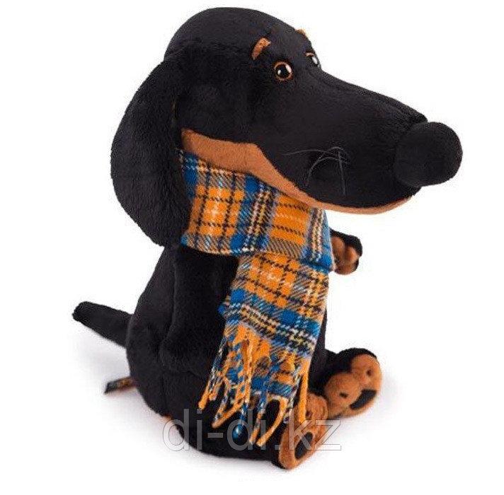 """Мягкая игрушка """"Собачка Ваксон в шарфе"""" (29 см)"""