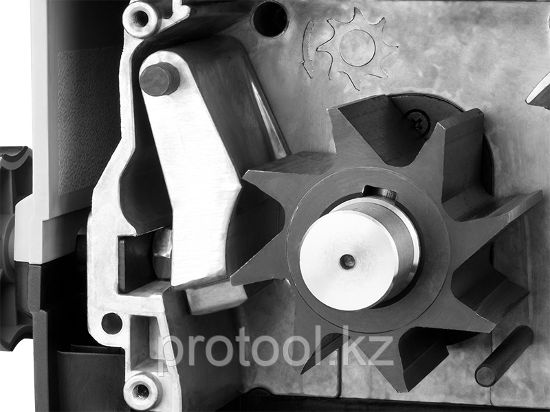 Электрический измельчитель Зубр, р/с 44, контейнер 60 л, 2800 Вт - фото 4