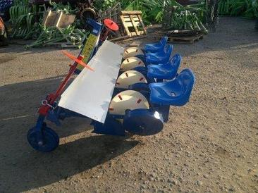 Рассадопосадочная машина серии S237/2 Agro-Max