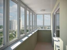 Установка балконов из пластика
