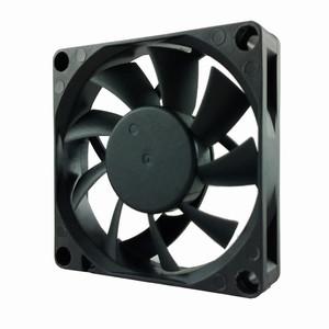 Вентилятор  24v 0,13A 2pin  70х70х15мм Gdt