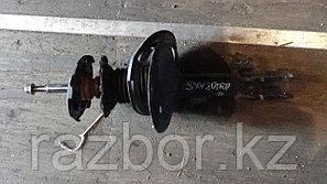 Стойки передние Toyota Camry Gracia SXV20