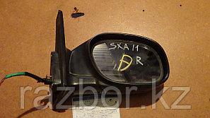 Зеркало правое Toyota RAV4 SXA11