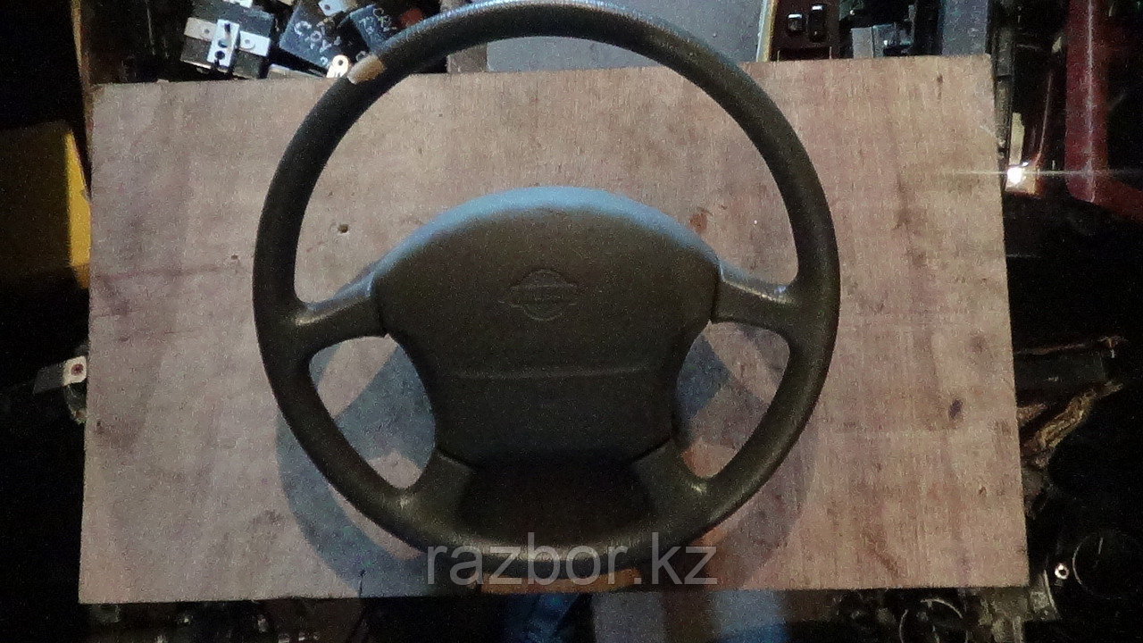 Рулевое колесо Nissan Praire Joy / SRS