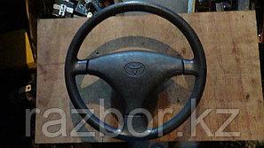 Рулевое колесо Toyota Camry