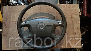 Рулевое колесо Toyota Noah / SRS