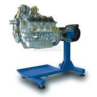 Стенд универсальный для ремонта двигателей, КПП весом до 500кг. Привод - ручной через червячный редуктор