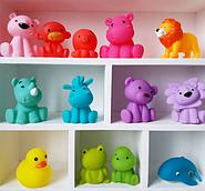 Цвет детских игрушек: его влияние на психику ребенка.