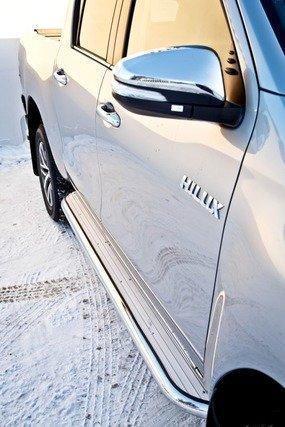 Пороги с площадкой D 60,3 Toyota Hilux Revo 15+