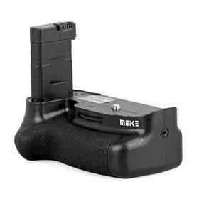 Батарейный блок на Nikon D5500 (работают от 2х акумуляторов EN-EL14(a))