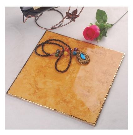 Керамическая плитка - золото