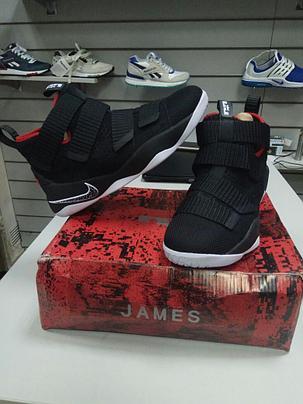 Баскетбольные кроссовки Nike Lebron James XI (11) Zoom Soldier Black and Red, фото 2
