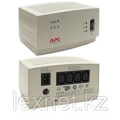Стабилизатор APC/LE600I/600 VА/600 W/4 розетки IEC 320-C13