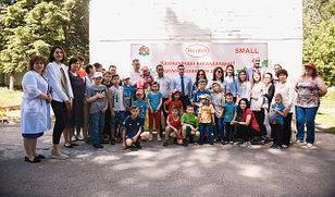 Благотворительная акция по высадке деревьев в детских домах