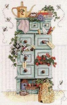 """Набор для вышивания крестом """"Садовый комод"""""""