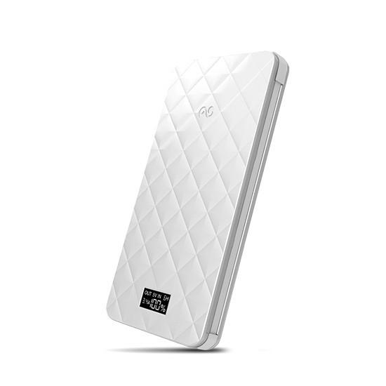 Портативное зарядное устройство, iWalk, Extreme TRIO UBO6000, 6000mAh, Индикатор заряда, LCD дисплей