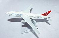 """Самолет-сувенир, """"TURKISH AIRLINES"""""""