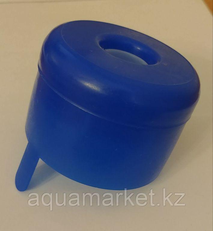 Одноразовая пластиковая крышка для бутылей 19 л.