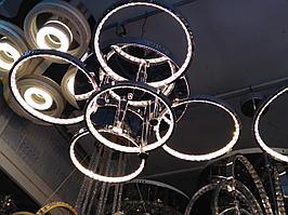 Потолочная led-люстра серебряного цвета 100W