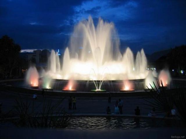 Освещение для фонтанов и прудов