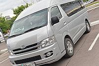Микроавтобус Toyota Hiace на 11-13 мест