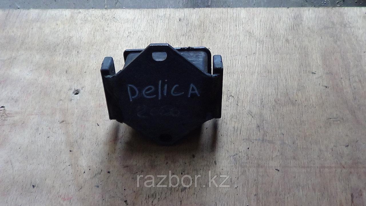 Подушка под двигатель Mitsubishi Delica (PD8W)
