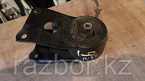 Подушка под двигатель Nissan Cefiro (A32)