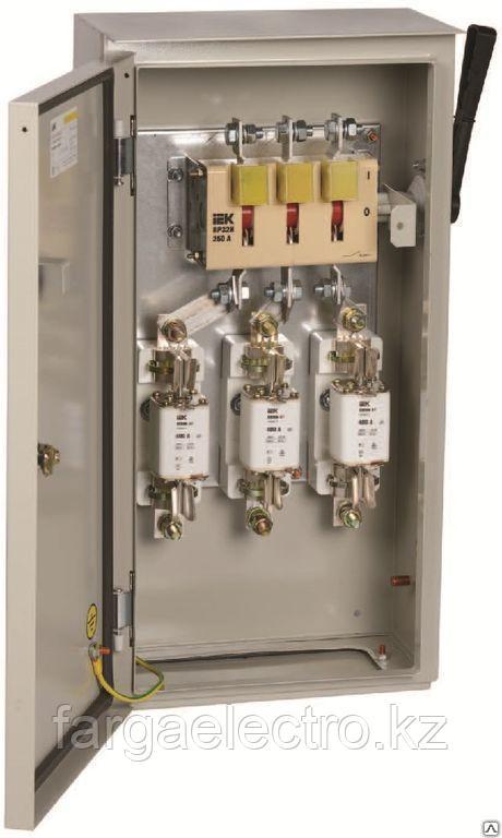 Ящик с предохранителем ЯРП-40370 IP54 с пред. 100А
