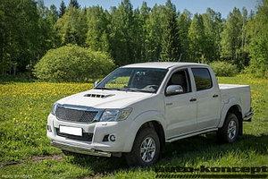 Пороги труба D 76,1 Toyota  Hilux 2011-2015