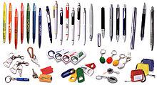 Полноцветная УФ-печать на сувенирную продукцию. Фонарики, брелки, зажигалки, флешки, ручки и многое другое
