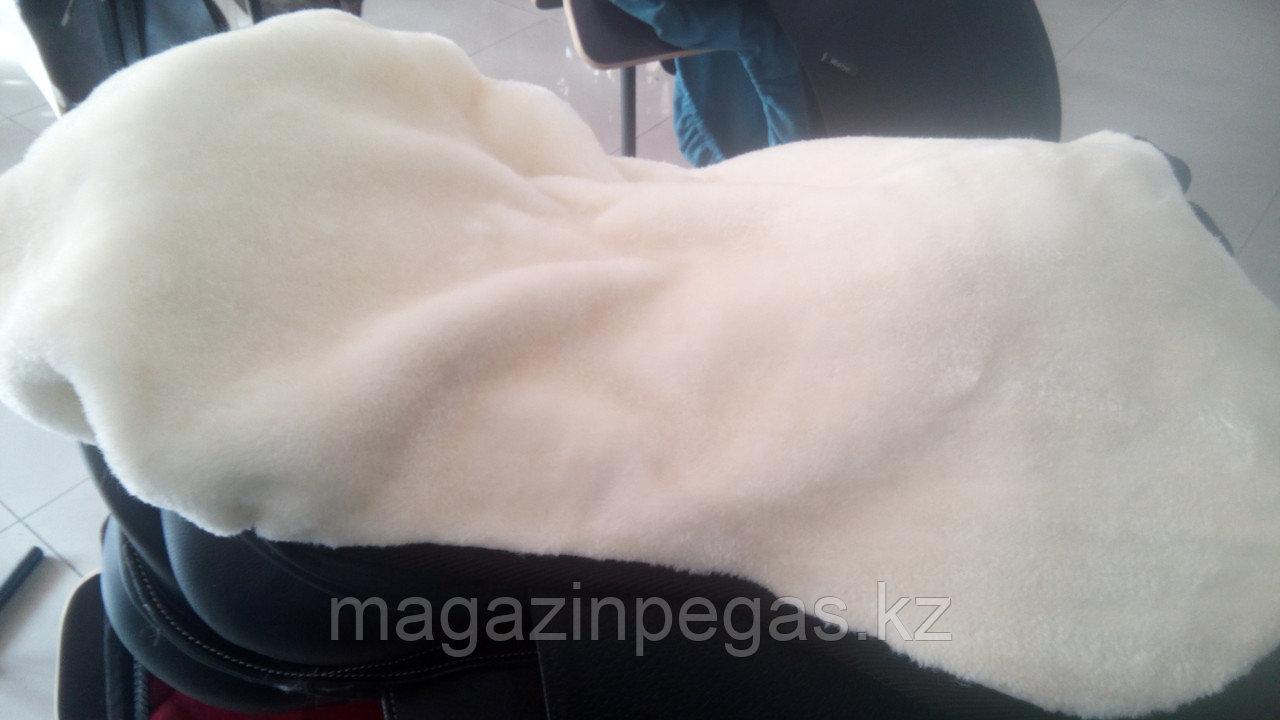 Меховой чехол Kraemer на седло