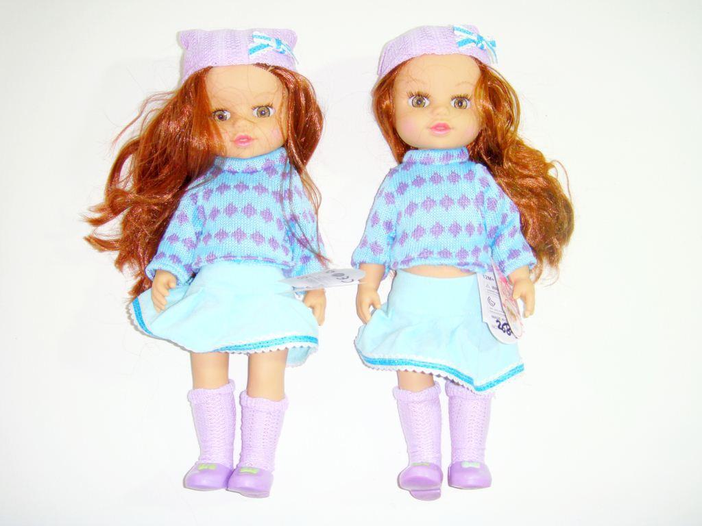 Кукла в свитере May May