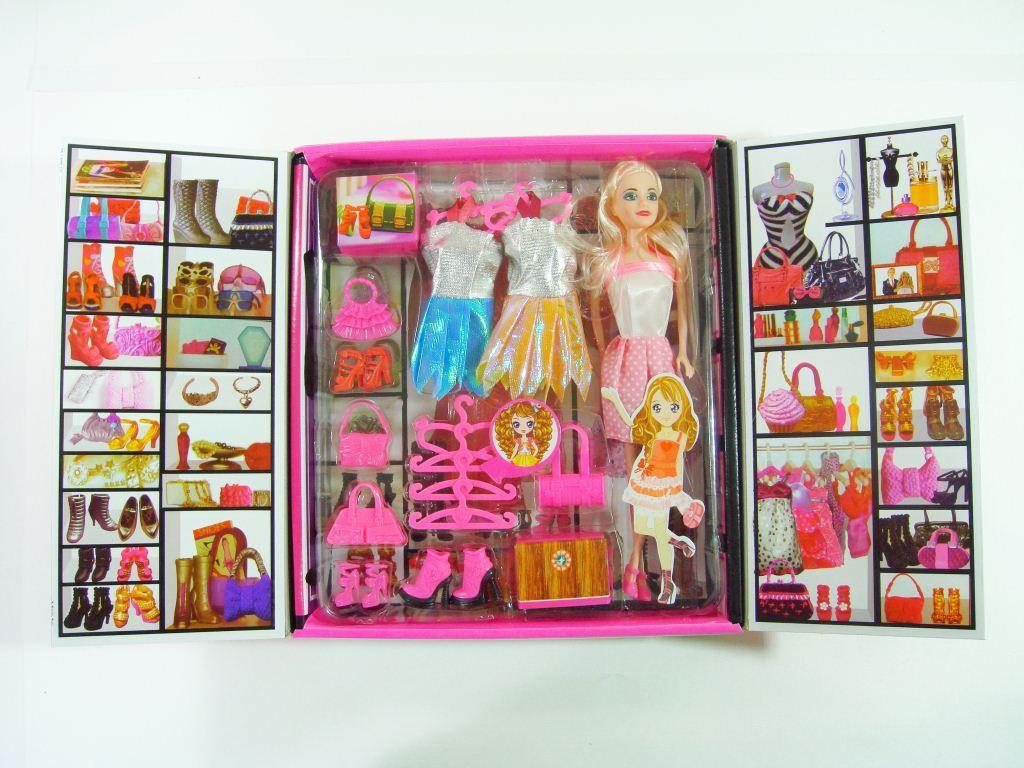 Барби со шкафом
