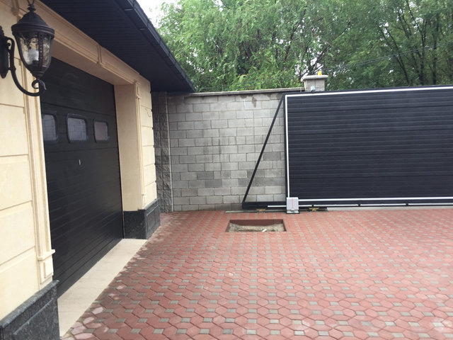 Откатные и гаражные ворота. Калитка отдельностоящая. -1