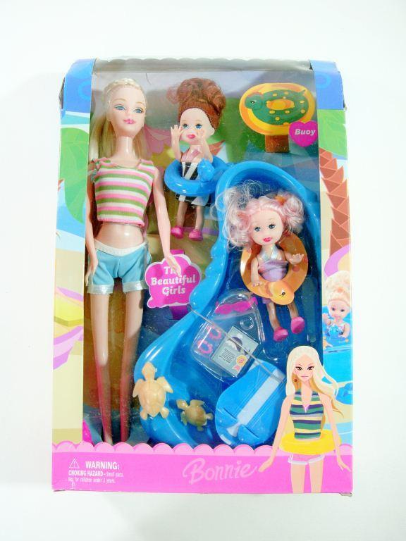 Барби с бассейном