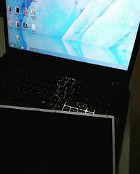 Замена матрицы на ноутбуке Samsung. 1