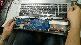 Замена клавиатуры на ноутбуке Acer v3-771. 2