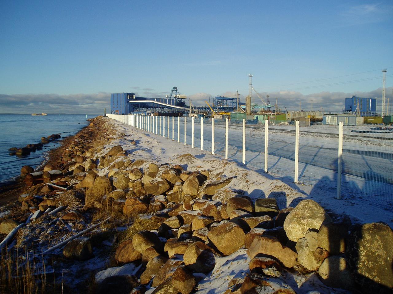 Ограждения для речных и морских портов