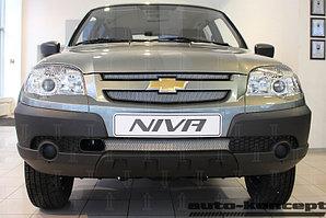 Защита радиатора Chevrolet Niva I рестайлинг (L /LC/ GL/LE/LE+) 2009- (3 части) chrome