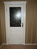 Недорогая межкомнатная дверь с короной