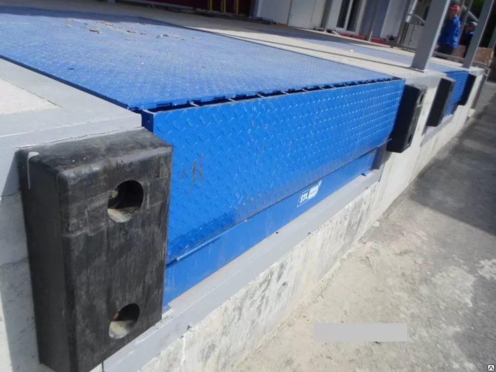 Бампер (отбойник) резиновый для стены БР-450