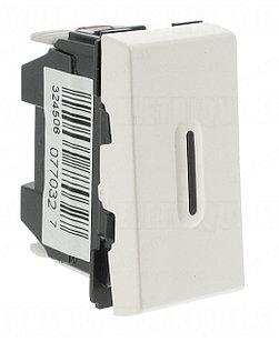 77032 - Кнопочный выключатель перекидной 6a со светодиодной подсветкой (1 Модуль)